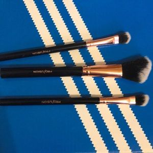 Profusion brushes